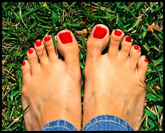 56/365 (Orlando Wedding Photographer Lori Barbely) Tags: red feet grass toes tan jeans denim pedicure day56 365days