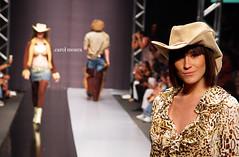 CMB Fashion (carol moura) Tags: pictures favorite tag3 tag2 tag1 moda explore fotos famosos tag4 tag5 tag6 atores flicrk