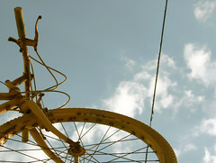 into the sky (Indy Charlie) Tags: canada colour bike bicycle yellow digital canon winnipeg utatahood coolbike psfk utatagettingaround charlietakesphotosutataportfolioprint