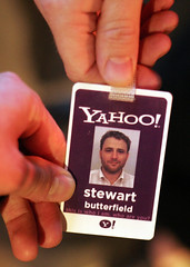 Why yes, I do Yahoo! (Norby) Tags: sanfrancisco yahoo meetup stewart badge stewartbutterfield employee butterfield sflickr cafeabir sflickr0505