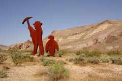 GoldWell 1 (Omar Omar) Tags: hot southwest sol death desert nevada dry muerte nv heat deathvalley desierto seco beatty goldwell calor route95 us95 elvalledelamuerte nv374 goldwellnv goldwellnevada beattynv beattynevada
