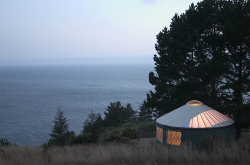 treebones yurt cabins in big sur