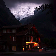 Mountain Inn (gms) Tags: mountain 2004 topv111 night wow dark lights switzerland inn europe fv5 chalet grindelwald spectacularswiss