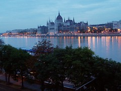 Budapest Parlament (Citroën Guy) Tags: interestingness europe hungary budapest explore 160 510faves june42005 rateme17 rateme36 rateme26 flickrexplore