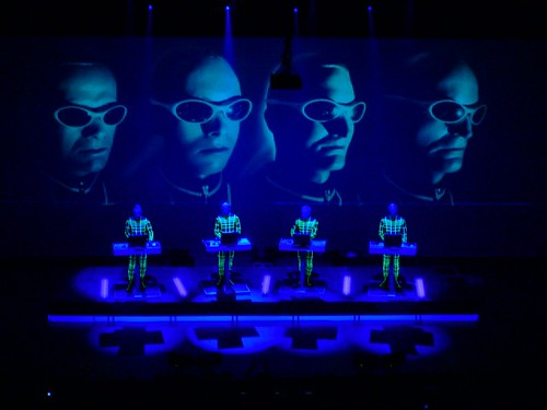 The Faces of Kraftwerk (live)