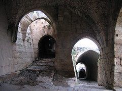 Krak des Chevaliers (becklectic) Tags: syria krakdeschevaliers castles 2005 archeology lightshadow 100 230countries 230countriessyria worldtrekker views100 حصن الفرسان archaeology