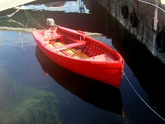 Red fisher boat (gardawind) Tags: red lake boat fisher gardalake lagodigarda gardasee gardawind