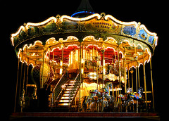 carrousel de paris (*bratan*) Tags: wood light red horses paris france colors yellow night stairs nikon bravo searchthebest bue quality d70s lamps merrygoround magical carrousel happyness ligthing magicdonkey justimagine outstandingshots specobject roundeabout superbmasterpiece bratanesque frhwofavs