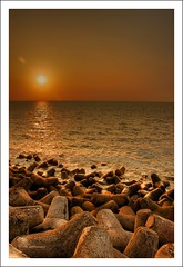 giVE tiME a bREaK... (rAmmoRRison) Tags: sunset bombay mumbai maharastra narimanpoint top20india rammorrison