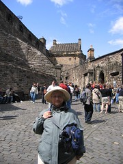 IMG_1082 (2ToneEng) Tags: uk family vacation mom interesting edinburgh europe good formom unitedkindom finalmom