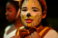 Winnie the Pooh...? (carf) Tags: poverty bear girls brazil girl brasil kids youth children toys hope kid community education support doll theater child hummingbird theatre culture makeup esperana social impoverished underprivileged altruism vision winniethepooh educational rosana beijaflor development investment prevention theatrical cultural urso soneca snoozy changemakers mundouno ursinha ecbf