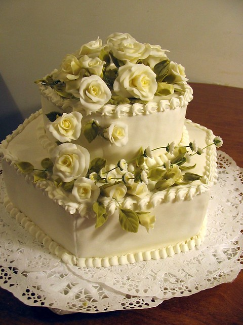 Wedding Cakes Decoration, Wedding cakes with Roses, Wedding Cakes Pictures, Beautiful Wedding Cakes