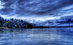 Hello Vancouver (Stuck in Customs) Tags: bridge blue sunset canada fog vancouver evening nikon colorful britishcolumbia d2x stanleypark lionsgate nikonstunninggallery d2xs stuckincustoms imagekind treyratcliff stuckincustomsgooglescreensaver