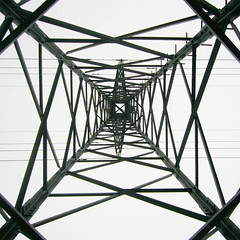 Zig Zag ([ Petri ]) Tags: abstract industrial pattern geometry zigzag electricpylon abigfave
