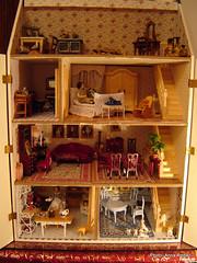 In the moonlight: Auroran talo  Aurora's house (Anna Amnell) Tags: toys dollhouse dollshouse nukkekoti nukketalo