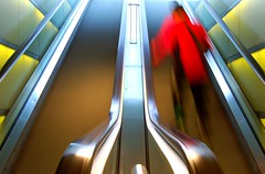 blurred (Toni_V) Tags: city abstract me topf25 topv111 wow d50 switzerland topv333 zurich skating escalator surreal topv222 hauptbahnhof inline rollerblading escalators 1855mmf3556g mainstation rolltreppe shopville topphotoblog toniv p1f1 ©toniv favemoifrance