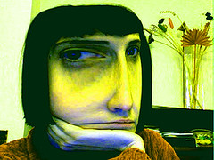 iSight in green (centrifuga ) Tags: selfportrait effects mac photobooth autoritratto isight effetti centrifuga macbookpro gentediromaromamor vabbe maddeche