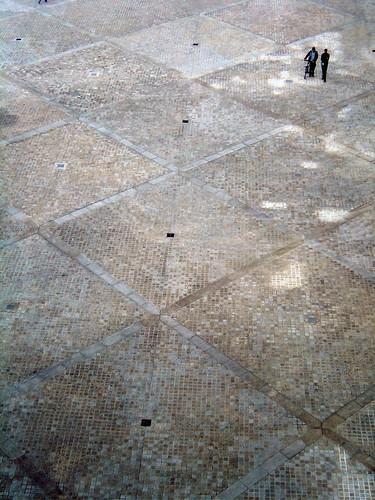 pattern, Louvre, Cour Napoleon