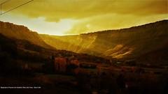 Naturaleza en estado puro (Dan G.M / FF.CC y paisajes) Tags: paisajes alava orduña nubes sol reflejos rayos de rayosdesol otoño