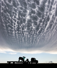 Mammatus over Kansas (Kelly DeLay) Tags: mammatus clouds storm weather sky dramatic epic