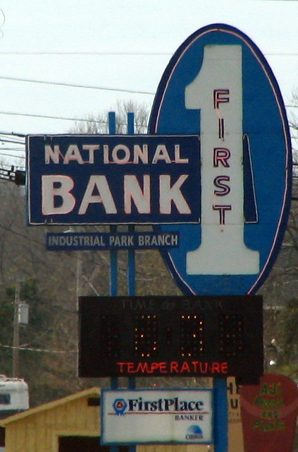 First National Bank sign - Pulaski, TN