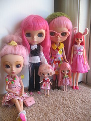 so... i like pink? (readytostand) Tags: fruit heaven pullip blythe punch custom licca petite ichigo papin