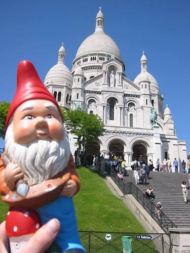 gnome at Sacre Coeur