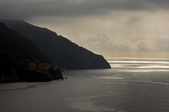 Cinque Terre (bgladman) Tags: travel italien light sea summer italy clouds spectacular landscape photography photo nikon scenery europe italia village d70 stock scenic cliffs explore cinqueterre nikkor nikondigital italie colouful   blgadman italiya brendangladman   a