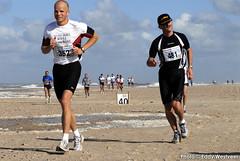 Zeeuwse kustmarathon 2006  EW_041 (Eddy Westveer) Tags: strand marathon zeeland walcheren zeeuwse oostkapelle westveer eddywestveer kustmarathon marathonzeeland marathonzeeland2006 zeeuwsekustmarathon 2006eddy wwweddywestveercom