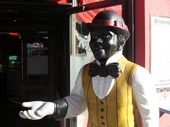 Cotton club, Bienvenue (Cyrano de Bergerac) Tags: people statue club display plastic cotton ugly thumb figurine resto pouce