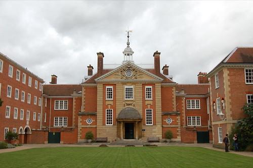 Lady Margaret Hall, Oxford