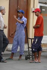 Bahrain - discussing work (CharlesFred) Tags: street november man sexy male men beautiful beauty sex bahrain uae middleeast uomo arabia souk manama uomini mannen goldsouk
