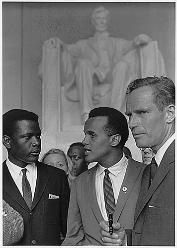 Poitier, Belafonte, and Heston at 1963 March on Washington by USIA (NARA) by pingnews.com.