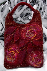 felted purse (MarianneS) Tags: wool felted bag beads handmade felt purse accessories bloogi 12kotti