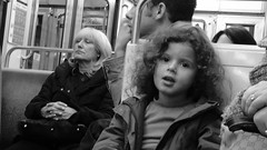 La dame et la demoiselle (1) (lavomatic) Tags: blackandwhite bw paris subway noir noiretblanc femme mtro demoiselle fille blanc parisienne fillette parisien mtropolitain candeur