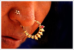 Hampi, gipsy woman (**luisa**) Tags: woman india nose bravo asia ring karnataka hampi gipsy artlibre