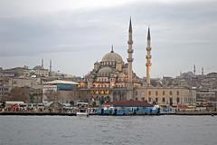 YENI CAMI (photostar58) Tags: architecture nikon asia d70 nikond70 istanbul mosque nikkor architettura moschea turkye photostar antoniostella trkiyeturkeytrkei antoniostella
