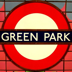 SC Green Park Tube Sign (Auntie P) Tags: london station sign circle underground tube greenpark squaredcircle squared