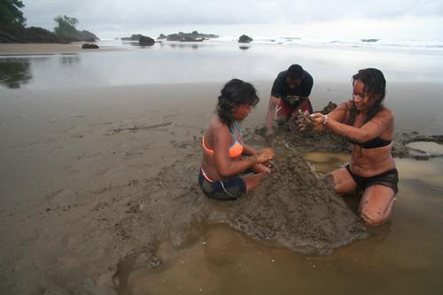 juego en Playa Alegre