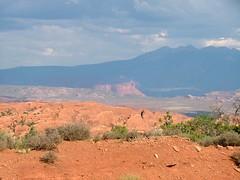 Arches National Park (ribizlifozelek) Tags: mountains utah ut desert arches archesnationalpark vogonpoetry