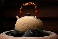 kettle with wood handle (melanie.phung) Tags: favorites teapot melaniephung