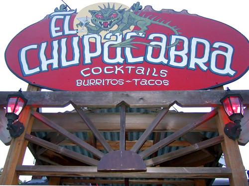 tacos y burritos Chupacabras