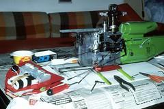 SX81 Reparatur Absturz Steuerfehler 0981 (24-16) (avronaut) Tags: analog schlueter rchelicopter schlter schluter modellhubschrauber sx81 rchubschrauber