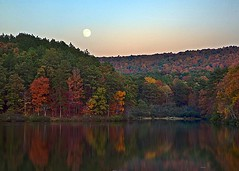 Alabama Autumn Moon (Southernpixel - Alby Headrick) Tags: autumn usa photography birmingham alabama hdr alby oakmountainstatepark southernpixel southernpixelcom