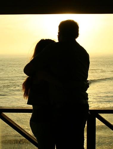 صعب أن تحب شخصا لا يحبك الأصعب أن تستمر في حبه رغم عدم إحساسه بك 292197249_48f9e88660