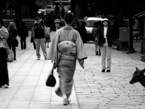 Nara_33(A woman in kimono)