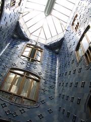 Casa Batllo - interior patio/staircase (fritsiefresh) Tags: barcelona spain casabatll antonigaudi