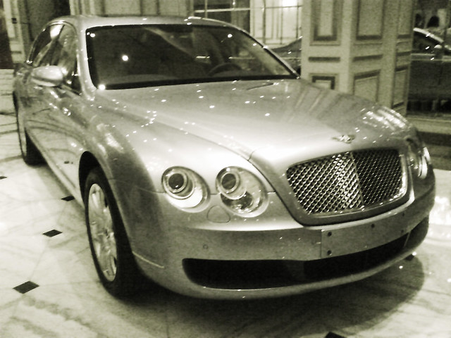 car bahrain launch bentley manama continentalflyingspur theradissonsashotel