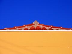 / (joaobambu) Tags: blue roof red sky orange abstract colour building colors topv111 azul architecture canon catchycolors cores interestingness interesting triangle colorful colours geometry struktur structure blau division polarizer dach cor pro1 divide hoya ilmuro