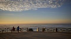 (thierrylothon) Tags: fujifilm fujixpro2 fujinonxf23f2rwr aquitaine gironde lacanau ciel paysage personnage océan phaseone captureonepro c1pro publication flickr fluxapple lumière france